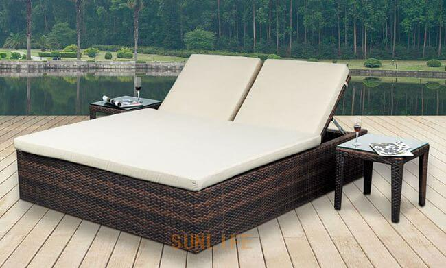 Dipan lift up Outdoor dengan Set Furniture Rotan